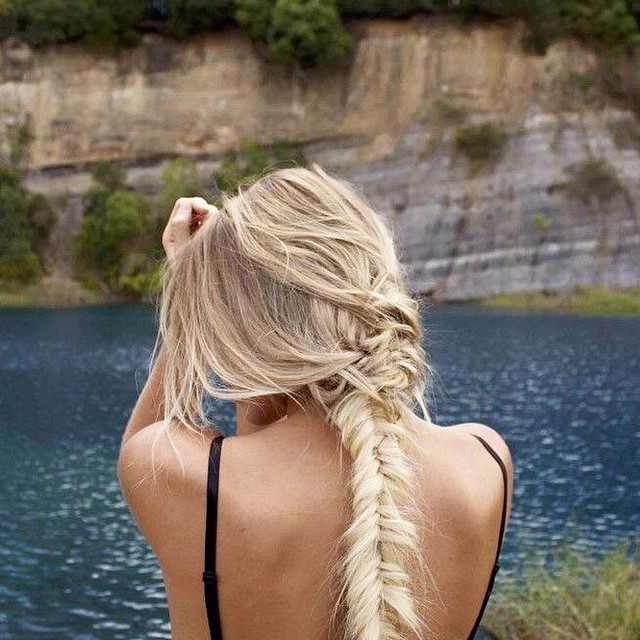 The perfect braid for a busy week. #hairdo #inspiration @instablonde